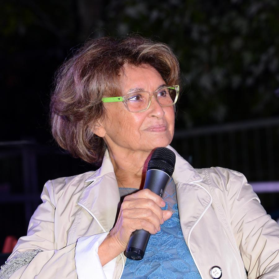 2015 Assessore alla Creatività RENATA GOSTOLI Scrittrice di libri per bambini, autrice RAI